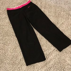 Nike Just Do It Band Capris